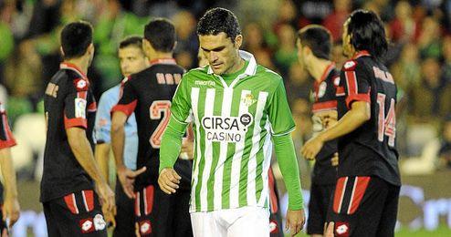 Pese a sus doce goles este curso (once en Liga), Jorge Molina no termina de ganarse el favor de la grada, exigente al máximo con el alcoyano.
