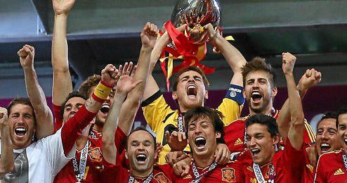 La selección española se mantiene a la cabeza de la clasificación mundial de la FIFA