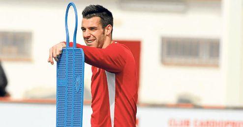 Negredo durante un entrenamiento con el Sevilla.