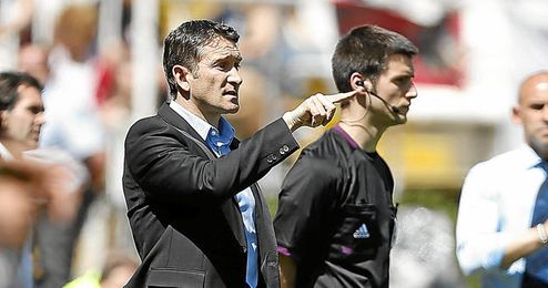 Phillippe Montanier está siendo tentado por varios equipos a causa de la gran temporada con la Real.