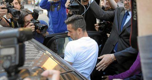 Rubén Castro asegura que no mantuvo relaciones con su ex.