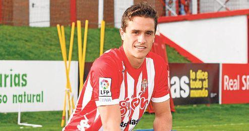 Bernardo aún tiene contrato en vigor con el Sevilla.