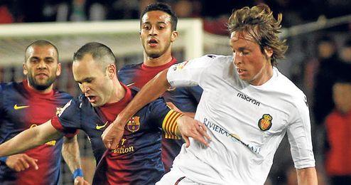 El futuro del manchego Tomás Pina podría apuntar a la Serie A italiana.