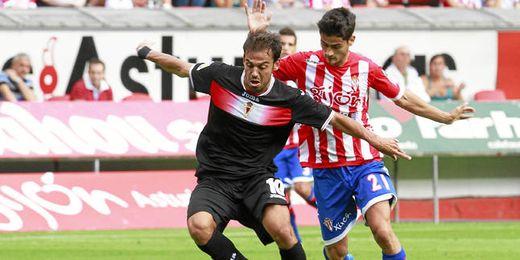 Javier Matilla ha marcado 12 goles en esta temporada con el Murcia en 34 partidos ligueros.