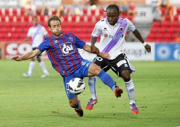 El futbolista africano destaca por su velocidad y desborde.