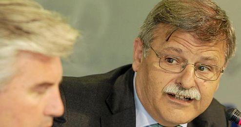 José Antonio Bosch cree que el Betis terminará de pagar su deuda en cuatro o cinco años.