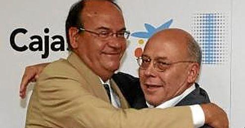 Aguilar sustituye a Ollero en la presidencia del Cajasol.