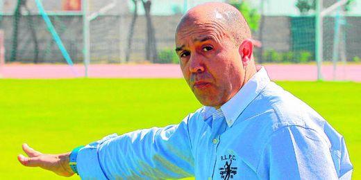 El técnico Juan Carlos Garzón cumplirá su cuarta temporada al frente del banquillo del Felipe del Valle.