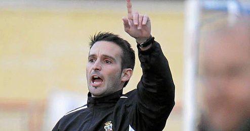 En la imagen, Juanfran Romero, entrenador del Brenes