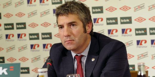Urrutia ha desmentido las palabras de Stosic sobre el traspaso de Beñat.