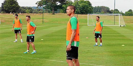 Braian Rodríguez durante el entrenamiento matutino de hoy.