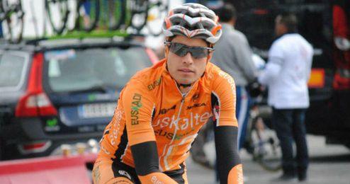 El ciclista Mikel Landa antes de una competición junto a su actual equipo el Euskaltel Euskadi.