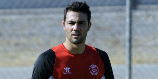 Iborra en un entrenamiento del Sevilla.