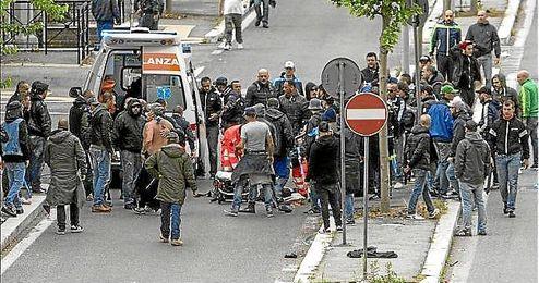 La conmoción después de los disparos en Roma antes de la Copa de Italia el sábado.