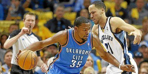 Kevin Durant durante un partido de Oklahoma City Thunder.