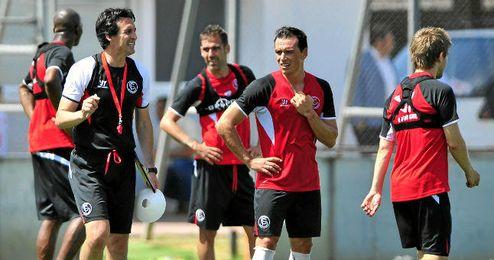 Emery ha dado descanso a Gameiro pensando en el Benfica.