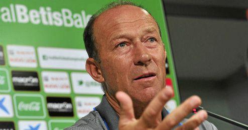 Calderón, en rueda de prensa.