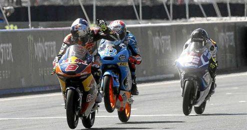 El australiano celebró en Le Mans su tercera victoria del año.
