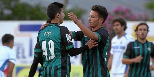 Pibe anotó el primer gol del Betis y fue de los destacados.