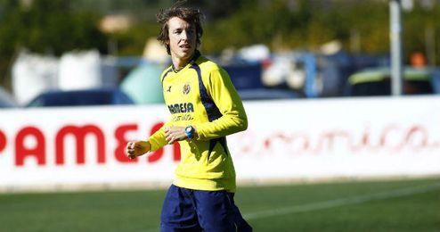 El jugador del Villarreal, Tomás Pina, durante un entrenamiento.