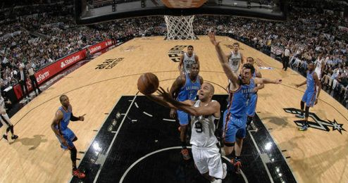 El base francés de los Spurs, Tony Parker, se está mostrando imparable.