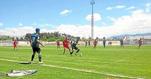 Imagen del amistoso entre el Betis y el CD Ronda.