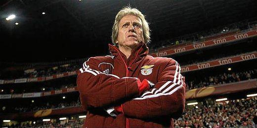 El técnico del club lisboeta afirma que continuará la próxima temporada.
