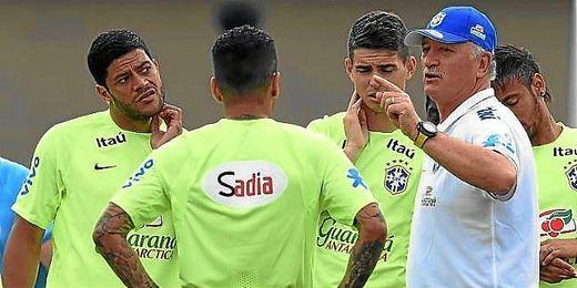 Luis Felipe Scolari durante un entrenamiento con la selección brasileña.