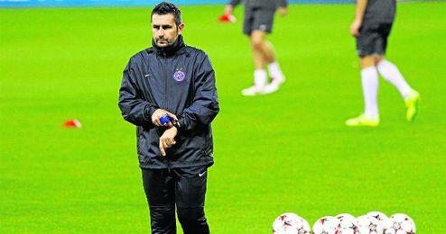 Nenad Bjelica durante un entrenamiento con el Austria de Viena en Champions League.