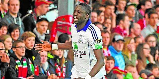 Kouyaté ha sido la sensación en Bélgica, lo que le ha convertido en un jugador muy cotizado en el mercado.