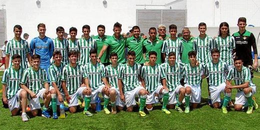 El Cadete A ha conseguido el pase para la final del Campeonato de Andalucía.