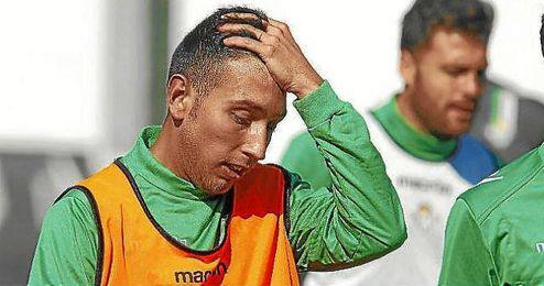 Varela, en un entrenamiento con el primer equipo.