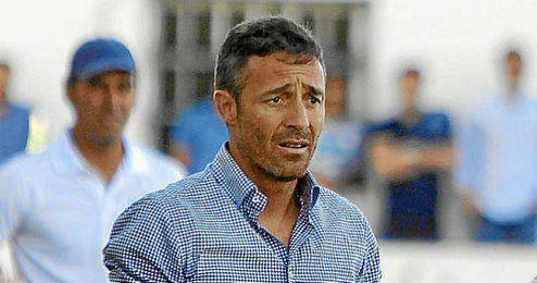Óscar Cano no continuará en el Betis B.