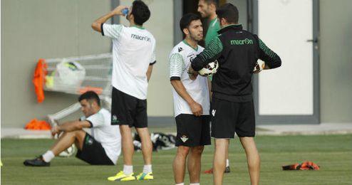 Pacheco junto a Velázquez en el entrenamiento de hoy.
