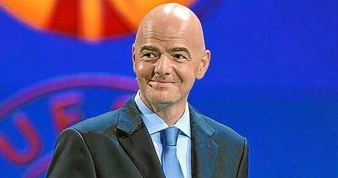Gianni Infantino, secretario general de la UEFA.