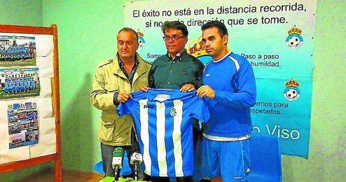 De izquierda a derecha: Isco Vázquez, Manuel Ángel Figueroa y Dioni Arroyo.