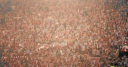 La afición bilbaína en el estadio luso.
