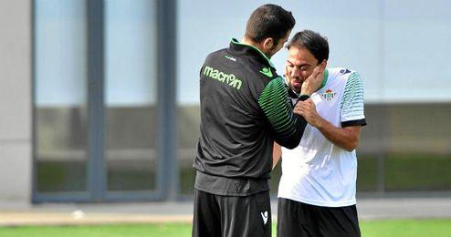 Matilla junto a Julio Velázquez durante un entrenamiento