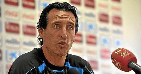 Emery durante una rueda de prensa.