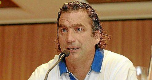 El técnico argentino busca en México la confianza que no tuvo en Valencia.