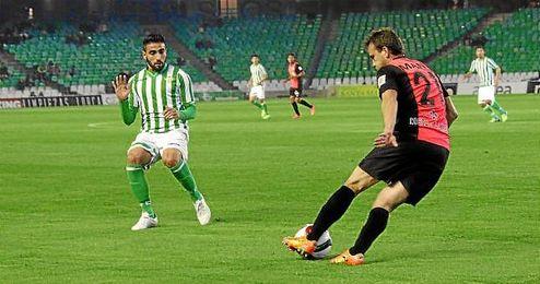 Chuli, durante un lance del Betis-Almería; al ser sustituido realizó el polémico gesto.