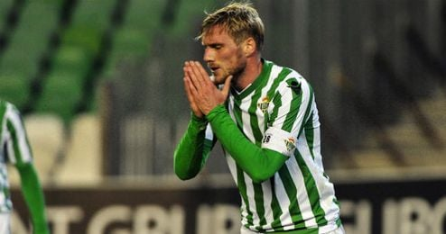 Perquis en el último partido de Copa del Rey frente al Almería.