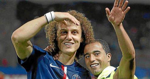 """David Luiz dice estar """"feliz en París"""" tras decantarse por jugar para el PSG"""