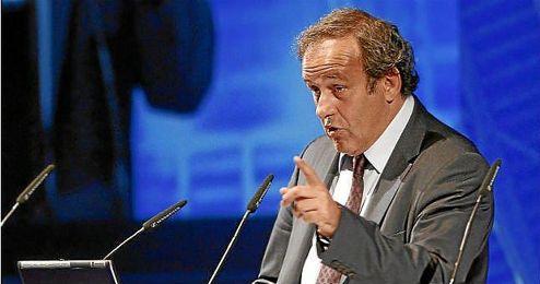 Platini en la reunión de Seleccionadores de la UEFA 2010.