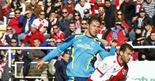 La LFP destaca en su informe los cánticos del Rayo-Sevilla