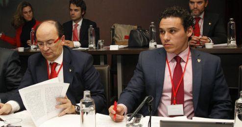 Del Nido Carrasco junto a Pepe Castro.