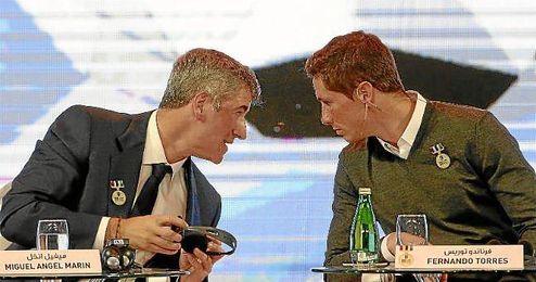 Gil Marín y Fernando Torres, juntos en los premios Globe Soccer de Dubai.