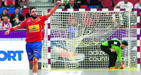 La calidad de la delantera española decidió un marcador en el que el conjunto de Cadenas siempre fue por delante.