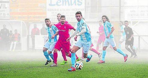 Jesús, que sigue siendo el máximo goleador de la Lebrijana, no está gozando de muchos minutos en el San Fernando.