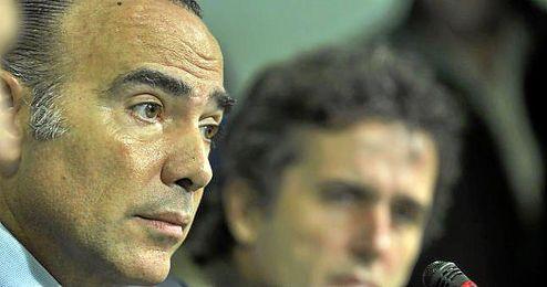Luis Oliver en su última rueda de prensa como consejero.